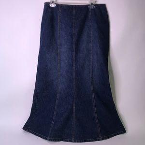 NWT Venezia from Lane Bryant Denim Stretch Skirt